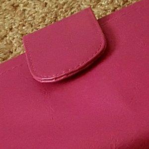 Beautiful pink pearl color makeup brush